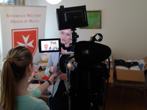 "PINK TV, Media Partner anche nel 2016 del ""Make a WISH to the Sovereign Order of Malta"", mentre intervista la Direttrice del Centro a Sremcica, Signora Aleksandra Trifković."