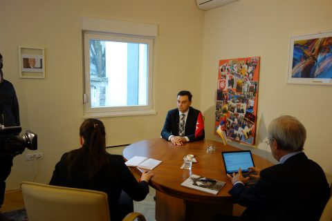 The Assistant for international issues Dr. Zoran Mihailović (at the cabinet of the Minister of Health, H.E. Zlatibor Lončar)