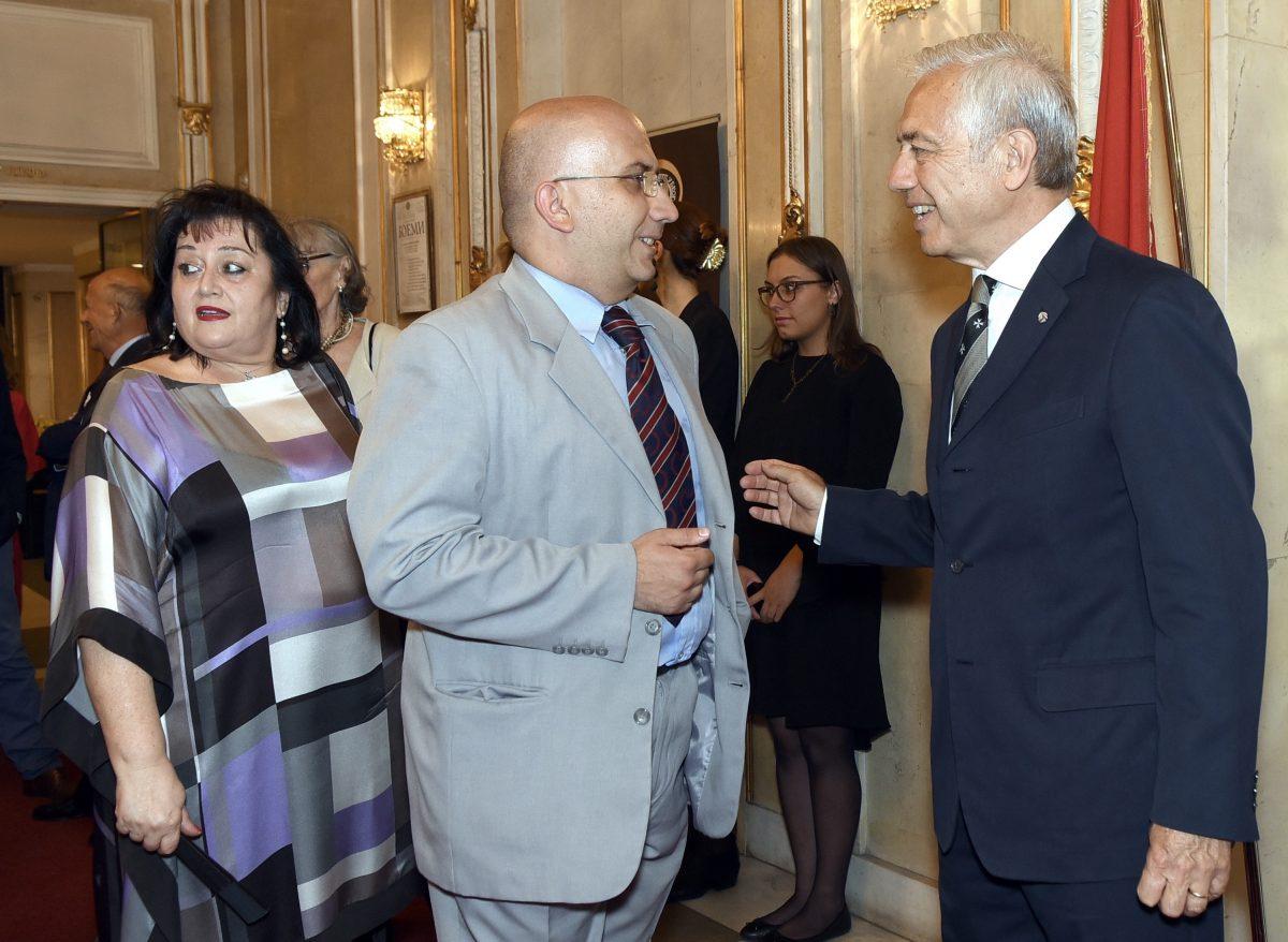 Gavrilo Grban, responsabile per il Governo per le relazioni con le organizzazioni religiose, accolto dall'Amb. di Luca