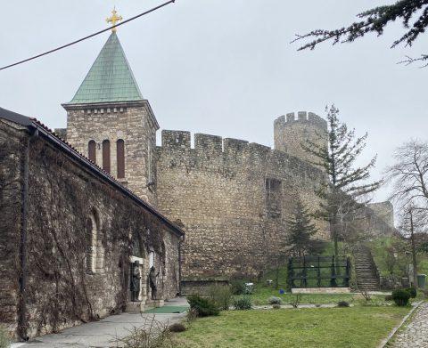 Mascherine per Covid alla Chiesa Ortodossa